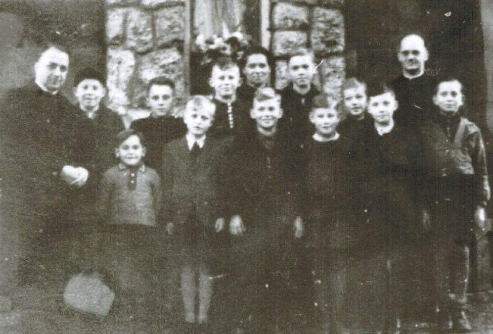1946 F01 Ministranten15042014 01