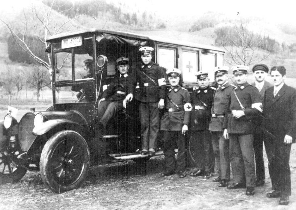 1928 B01 Krankentransport09062014
